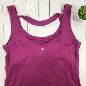 Alo Yoga • Athletic Tank